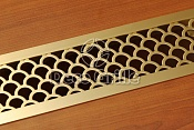 Латунная решетка с орнаментом Кольчуга с накладной рамкой